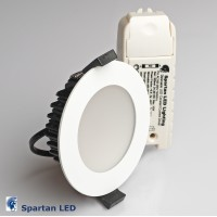 850 lumen dimmable 10-watt LED down light, low profile